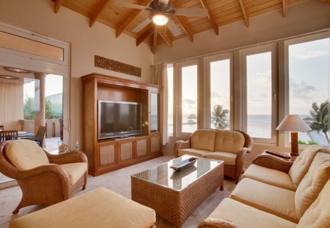 Villa Del Mar living