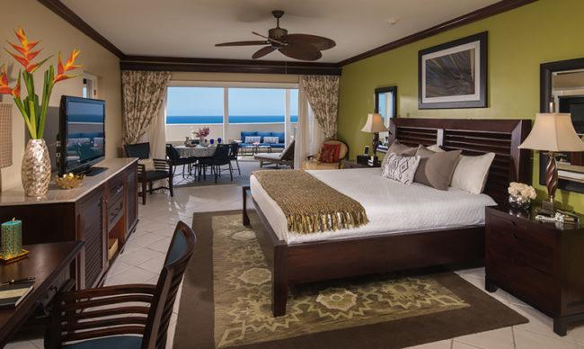 Caribbean Oceanview Penthouse One Bedroom Concierge Suite - OP