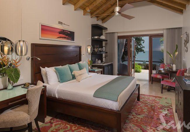 Beachfront Honeymoon Walkout Club Level Room w/ Patio Tranquility Soaking Tub - WBT