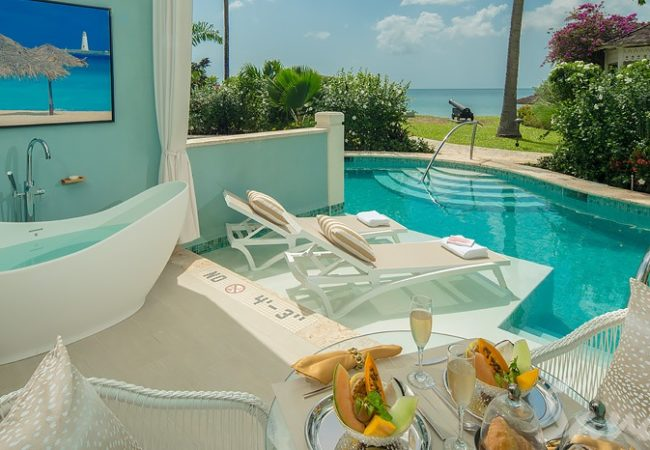 Beachfront Crystal Lagoon Swim-up Butler Room w/ Patio Tranquility Soaking Tub - SBT