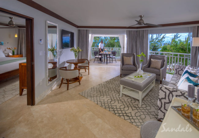 Beachfront Penthouse One Bedroom Butler Suite w/ Balcony Tranquility Soaking Tub - P1B