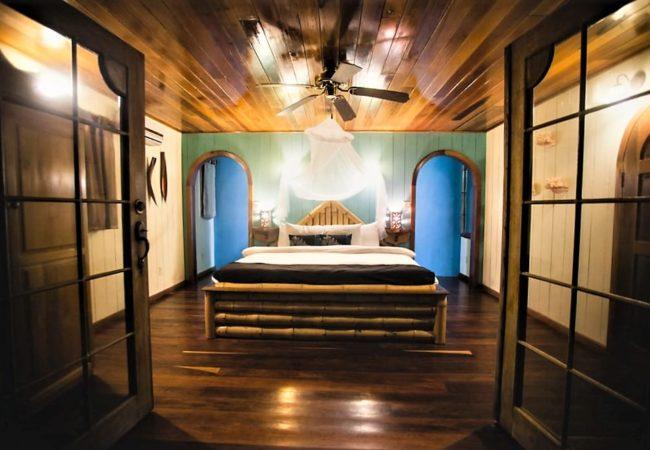 beachfront rooms at portofino belize