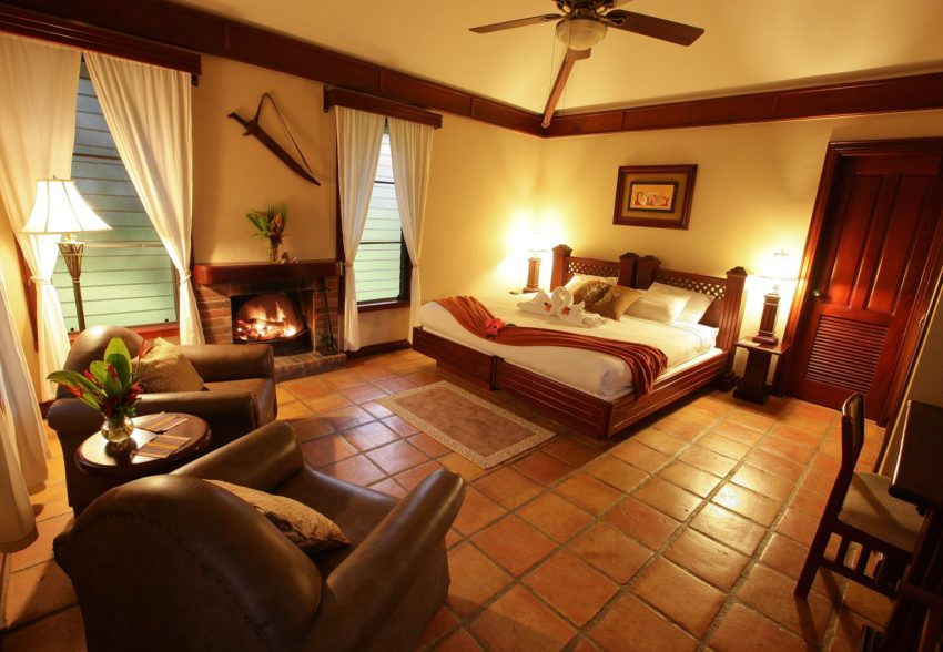estate room at hidden valley inn belize