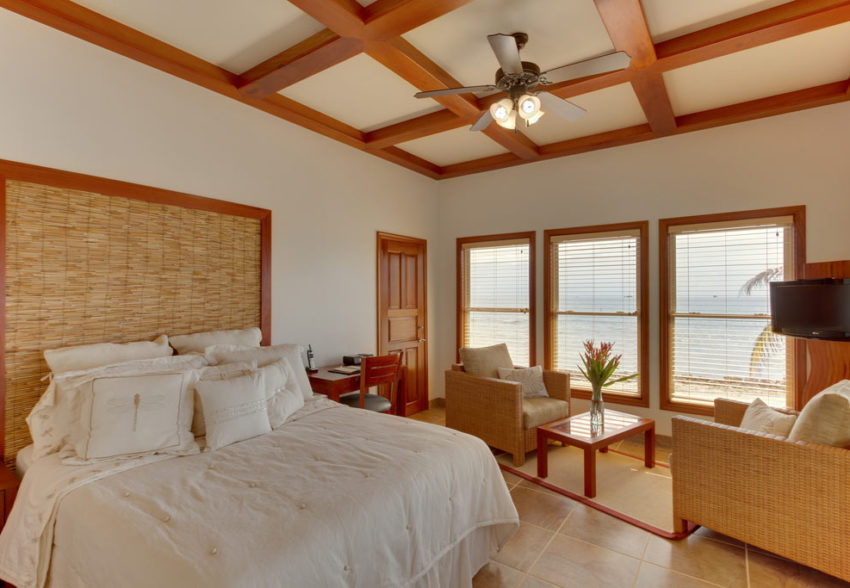 duplex bed cabana at ray caye private island resort belize