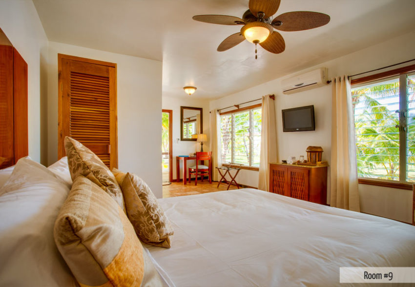 main house 1 bedroom at ray caye belize