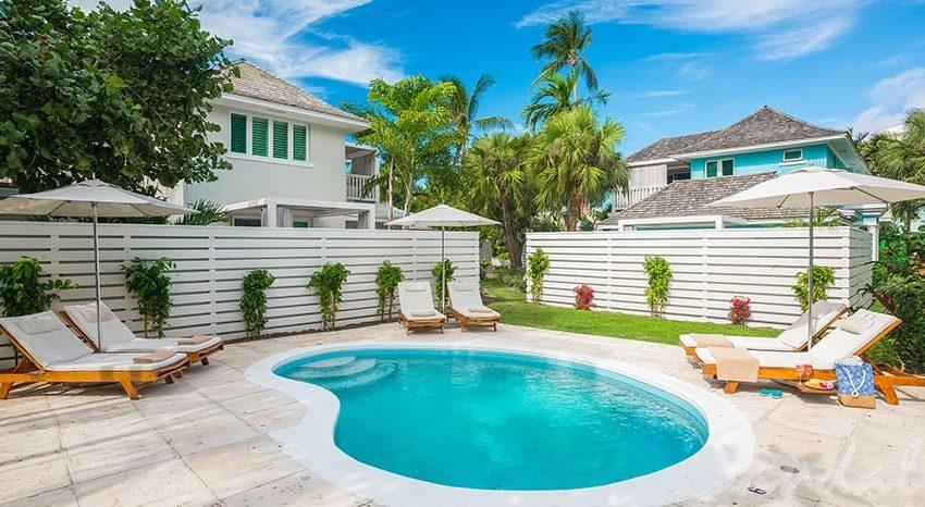 Royal English Honeymoon Luxury Villa Room, Sandals Royal Bahamian