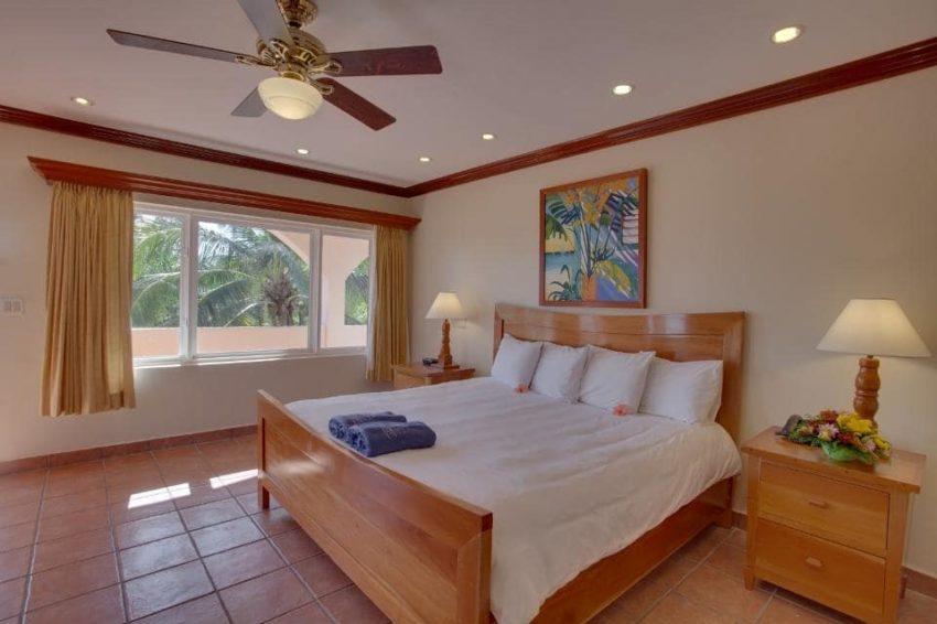 Premier Rooms, Sunbreeze Hotel
