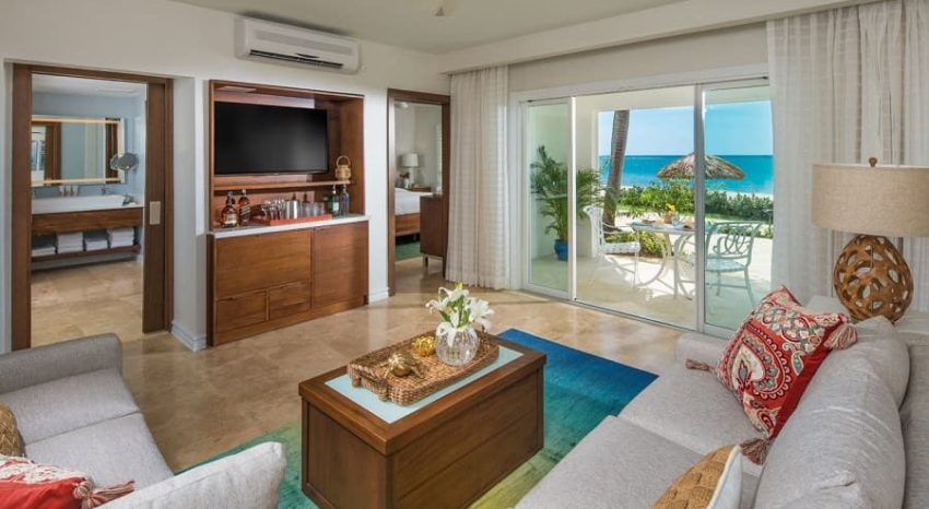 Italian Beachfront One Bedroom Walkout Butler Suite, Sandals South Coast