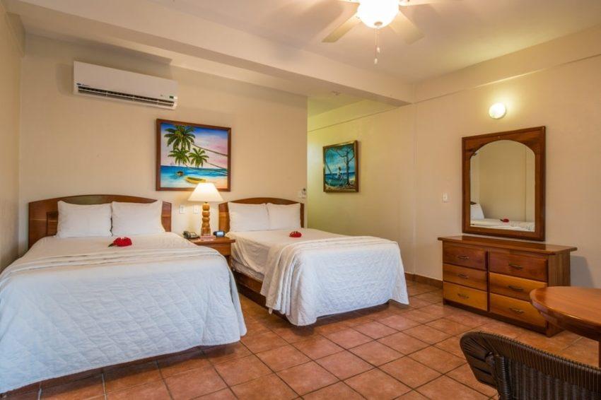 Standard Rooms, Sunbreeze Hotel
